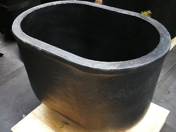 Raw material ratio of graphite crucible